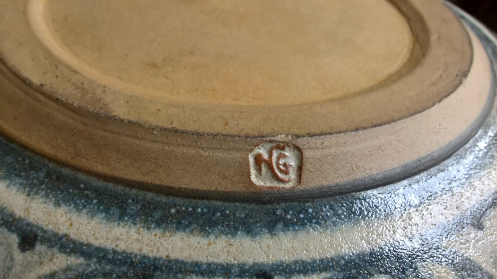 Stoneware bowl NG mark - Nigel Graham  Wp_20193