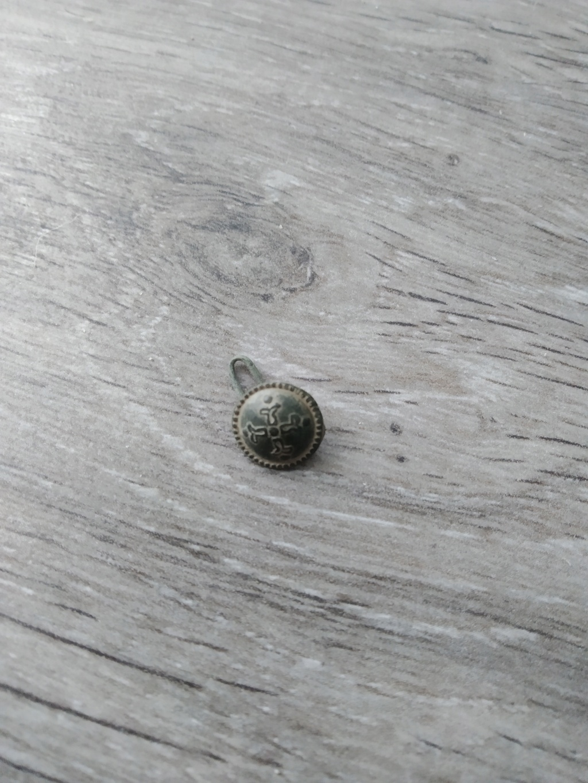 boton militar? 15513410
