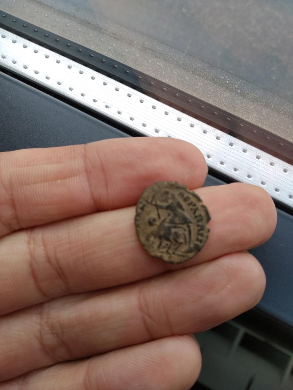 AE4 de Constancio Galo o Juliano II. FEL TEMP REPARATIO 15559212