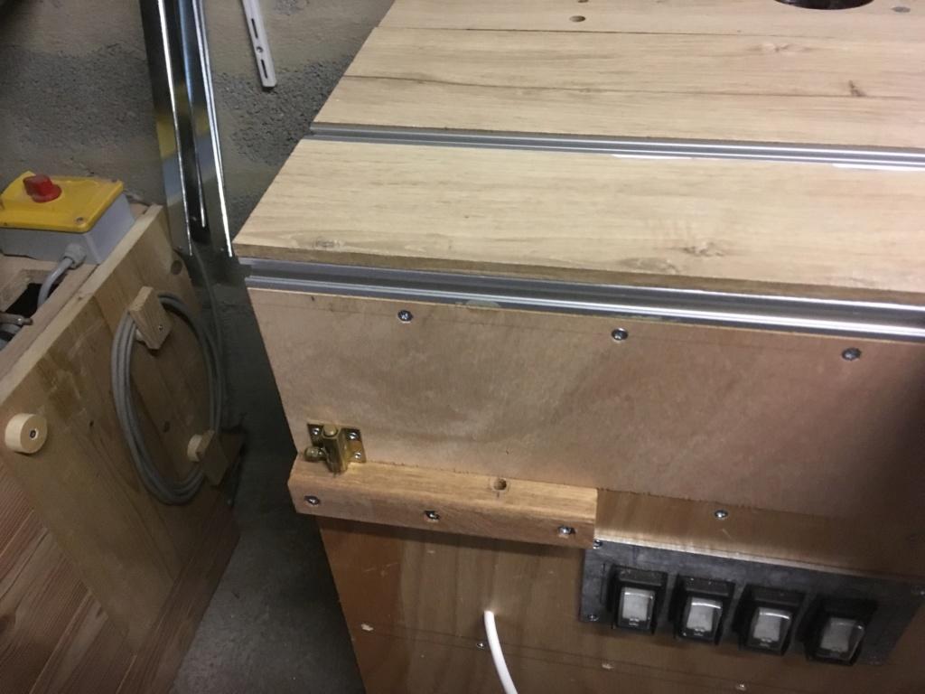 Conception et fabrication d'une mini combinée à bois - Page 2 Img_2027
