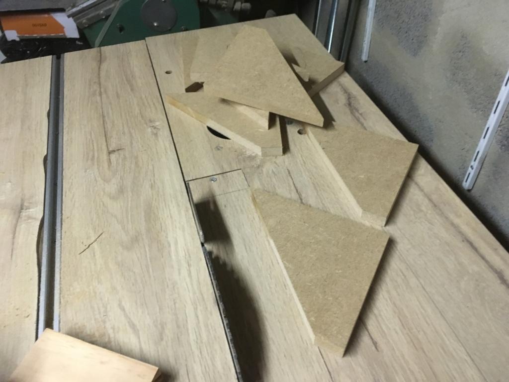 Conception et fabrication d'une mini combinée à bois - Page 2 Img_2035