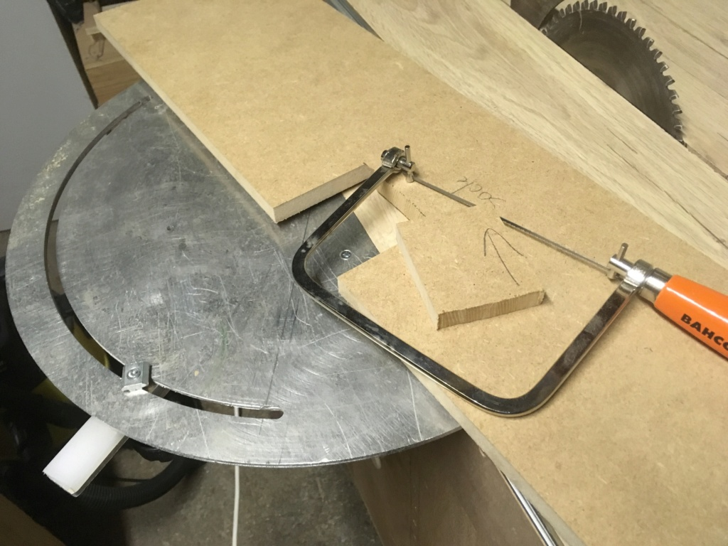 Conception et fabrication d'une mini combinée à bois - Page 2 Img_2036