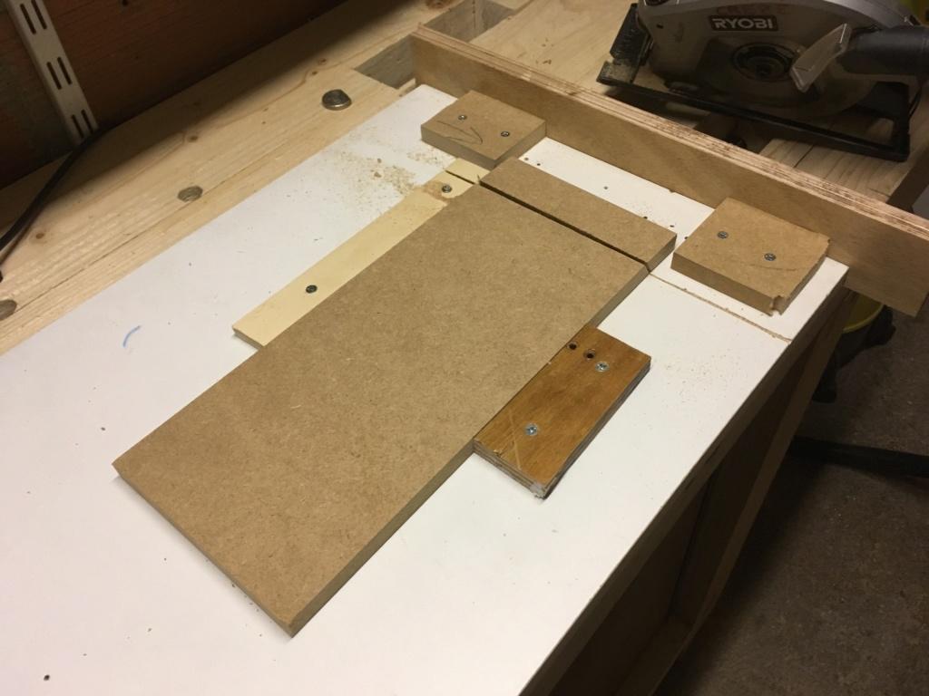Conception et fabrication d'une mini combinée à bois - Page 2 Img_2042