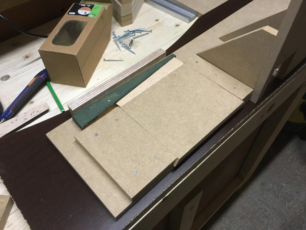 Conception et fabrication d'une mini combinée à bois - Page 2 Img_2044