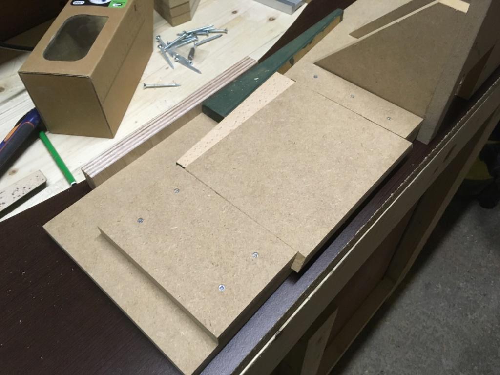 Conception et fabrication d'une mini combinée à bois - Page 2 Img_2045