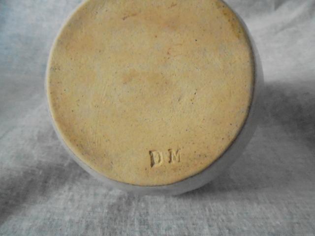 Crown Lynn cup, wine jug and sips, lidded pot Dsc03918