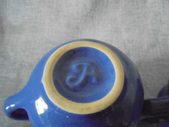 Crown Lynn cup, wine jug and sips, lidded pot Dsc03919