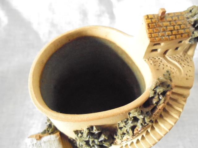 Crown Lynn cup, wine jug and sips, lidded pot Dsc04428