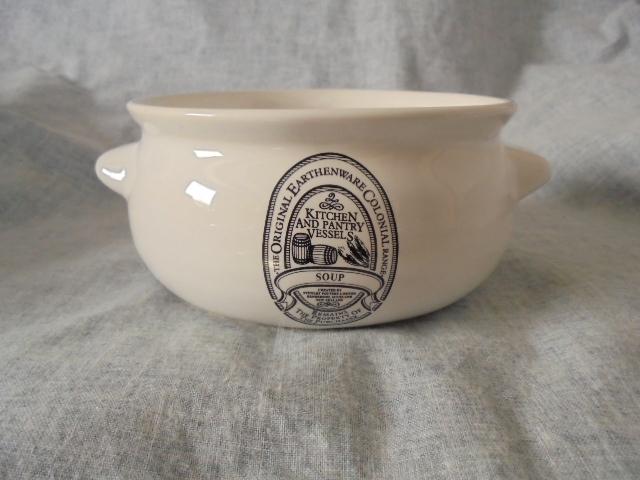 Stewart Potteries Ltd Colonial Range Coffee caddy Dsc04431