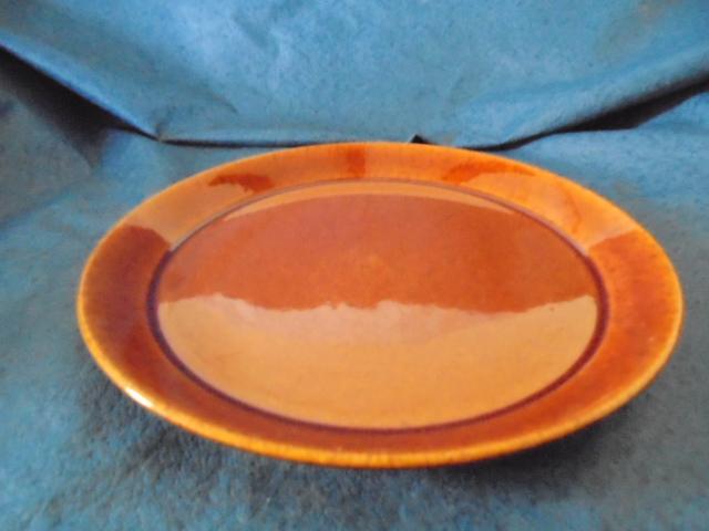 Crown Lynn cup, wine jug and sips, lidded pot Dsc04910