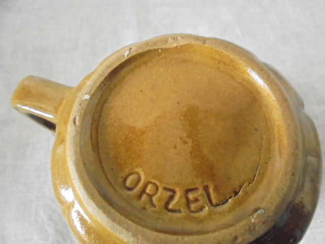 Orzel two finger mug in just one colour Dsc05024