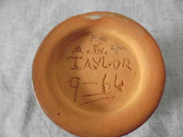 Wine jug and sips Dsc06322