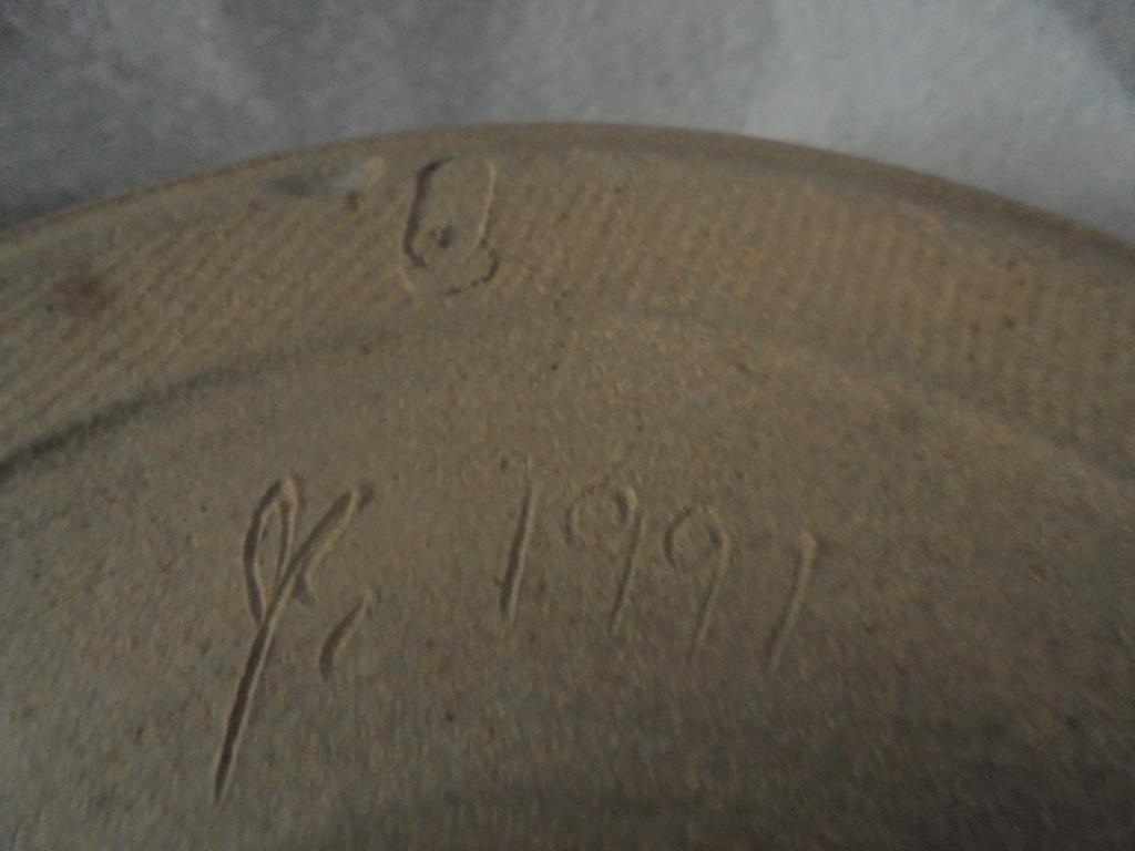 Seaward Pottery ~ Juanita Edelmann mark Dsc07217