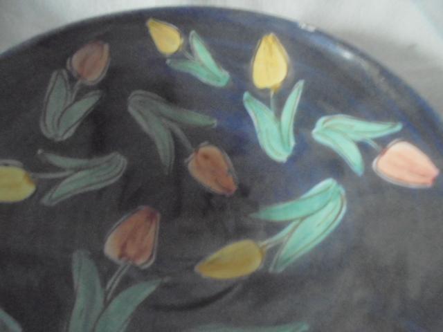 Crown Lynn cup, wine jug and sips, lidded pot - Page 2 Dsc07413