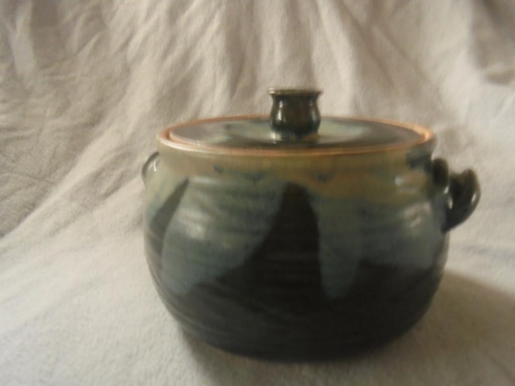 Crown Lynn cup, wine jug and sips, lidded pot - Page 2 Dsc07613