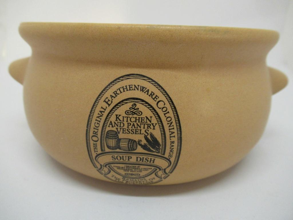 Stewart Potteries Ltd Colonial Range Coffee caddy Img_2218