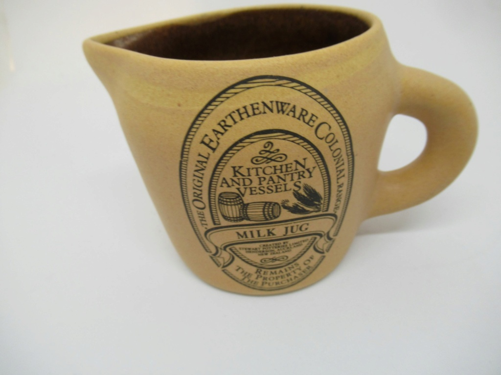 Stewart Potteries Ltd Colonial Range Coffee caddy Img_2221