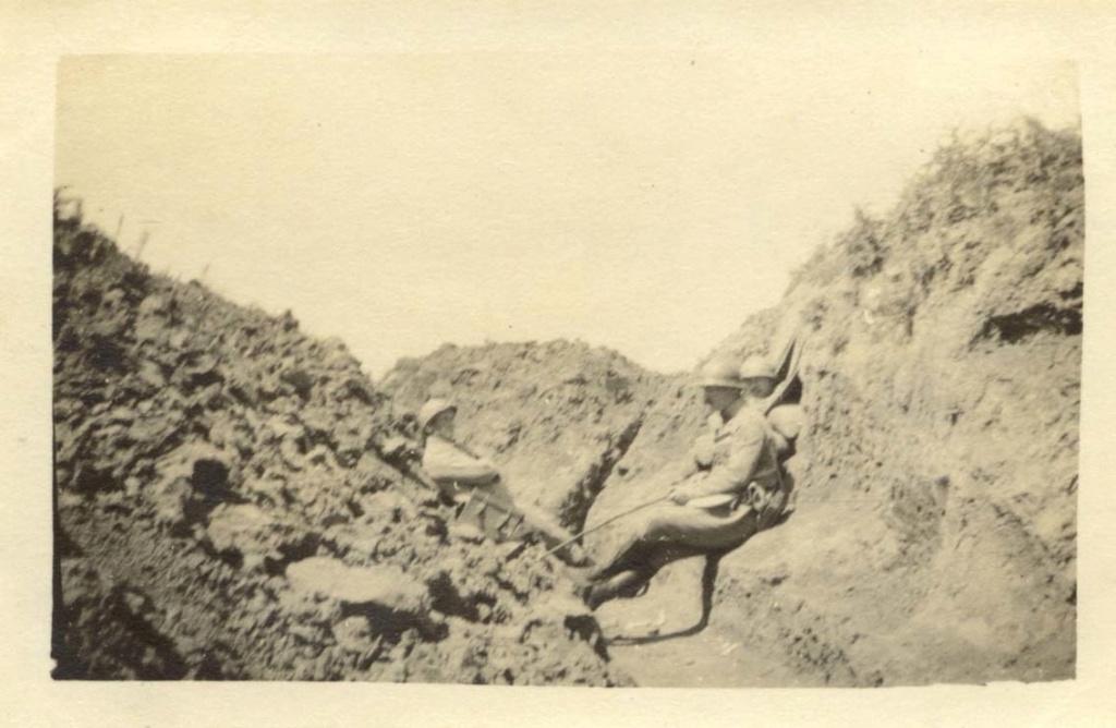 Mon Grand-Père Lucien Brochot Téléphoniste aux 5ème RAP puis 102ème RAL (14-18) Chemin11