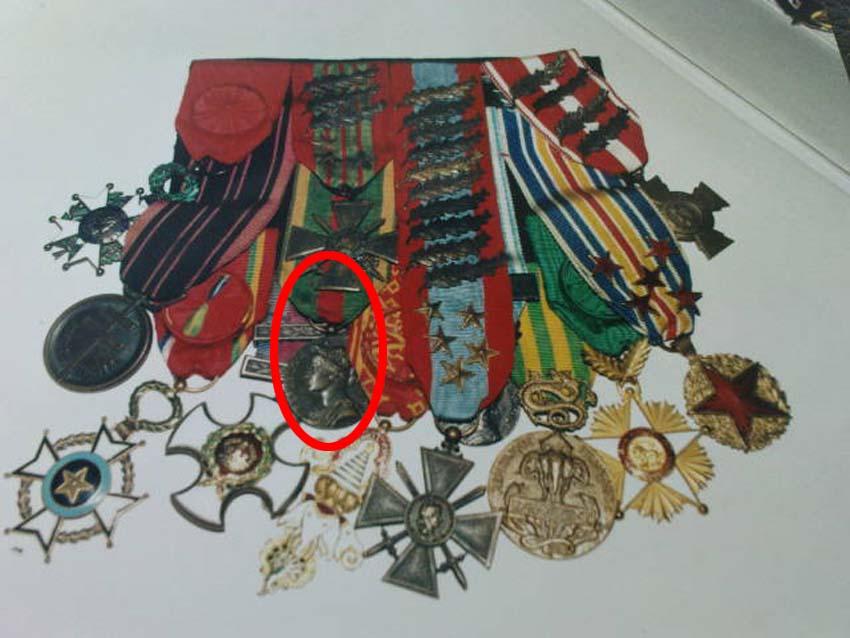 Placard de médailles de 14-18 Gen_bi10