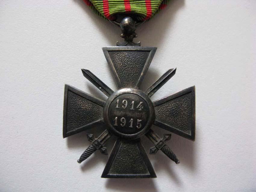 Question Croix de Guerre : citation à l'ordre de l'armée palme argent Img_2819