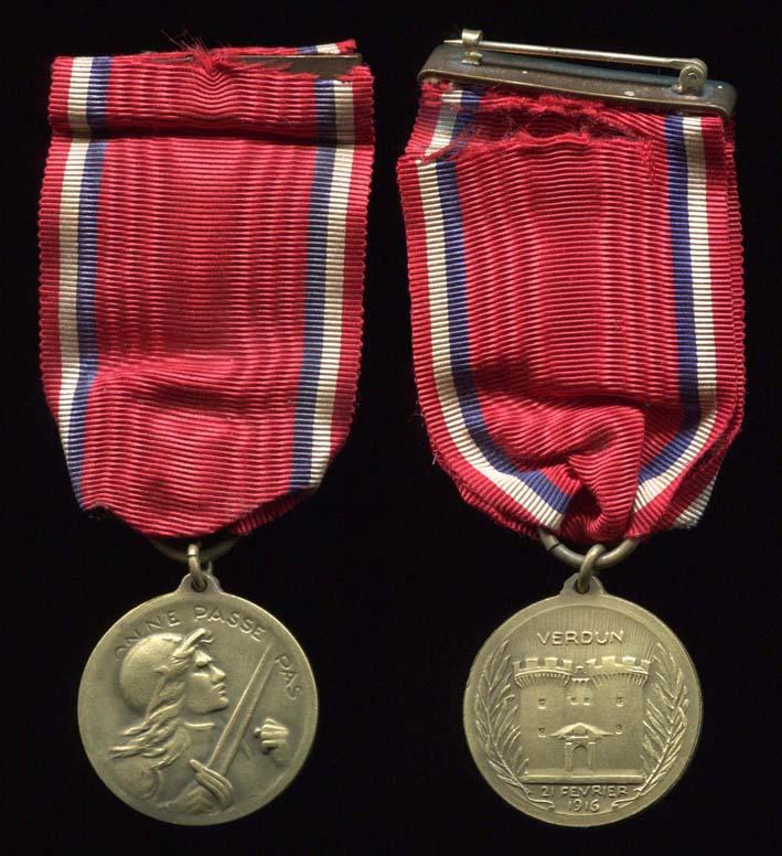 Medaille de verdun vernier sans poinçon  Mzod_v10