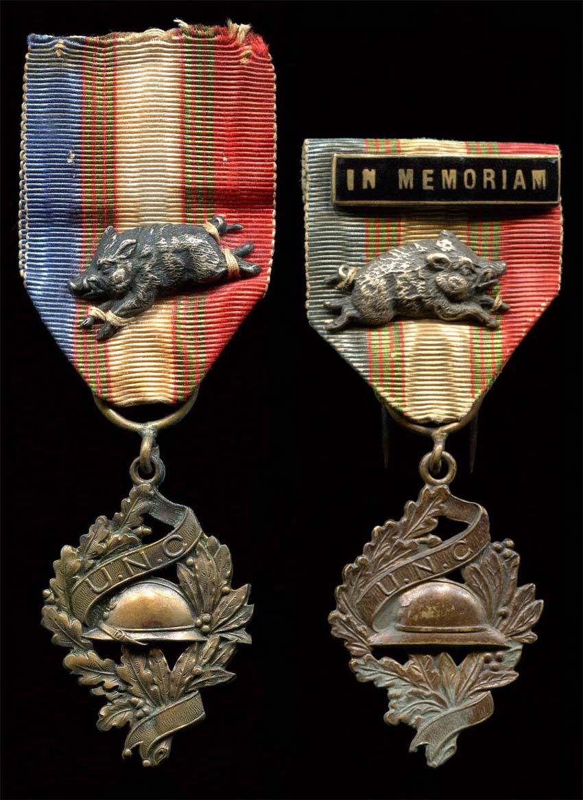 Médaille avec un sanglier Sans_t60
