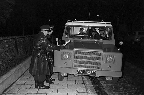 N°16- Berliet GLB R 19 Aérazur Car de commandement C.R.S 16314610