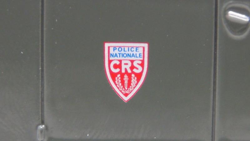 N°16- Berliet GLB R 19 Aérazur Car de commandement C.R.S - Page 2 N16_be14