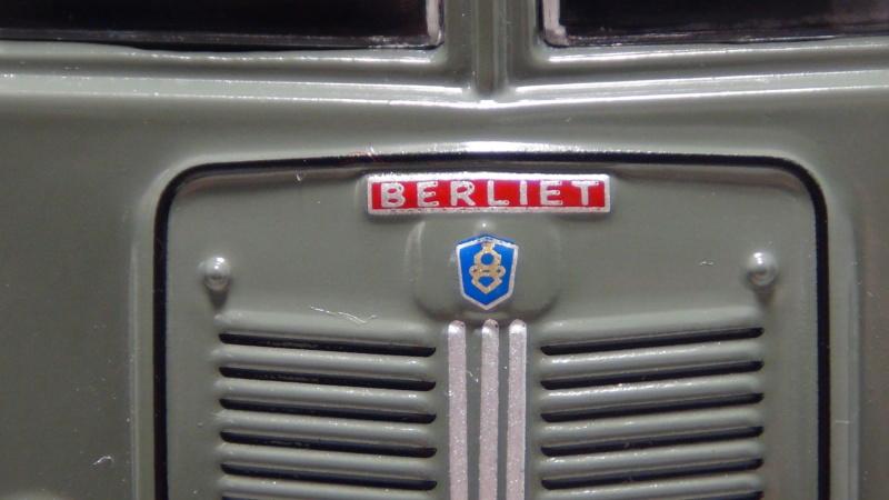 N°16- Berliet GLB R 19 Aérazur Car de commandement C.R.S - Page 2 N16_be15
