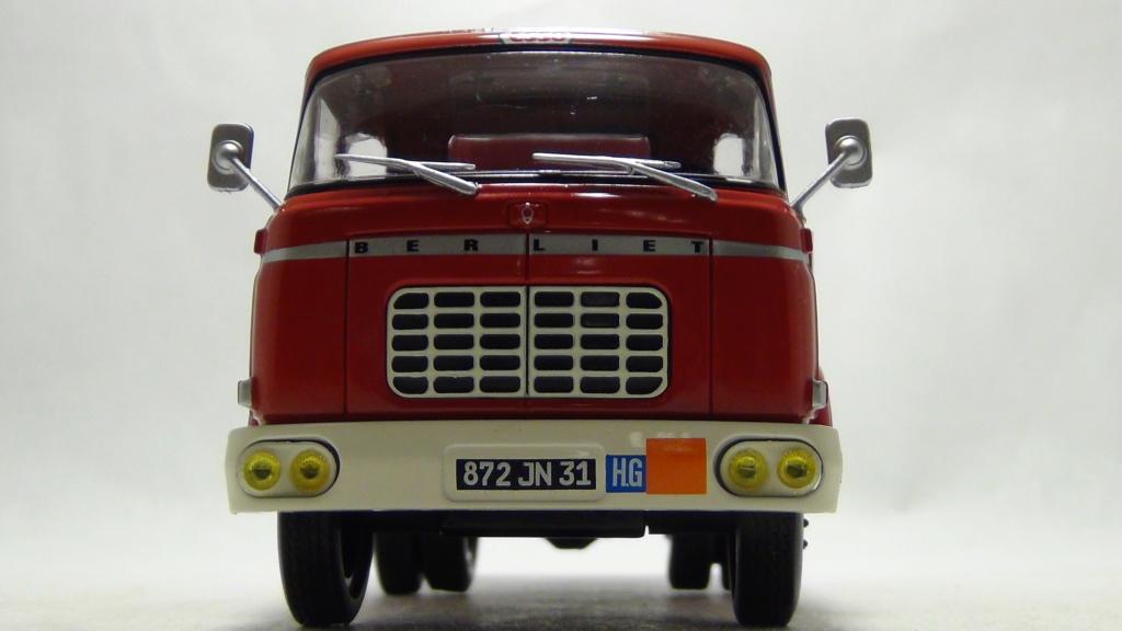 N°18 Berliet  GAK 5 Citerne essence  N18_be11