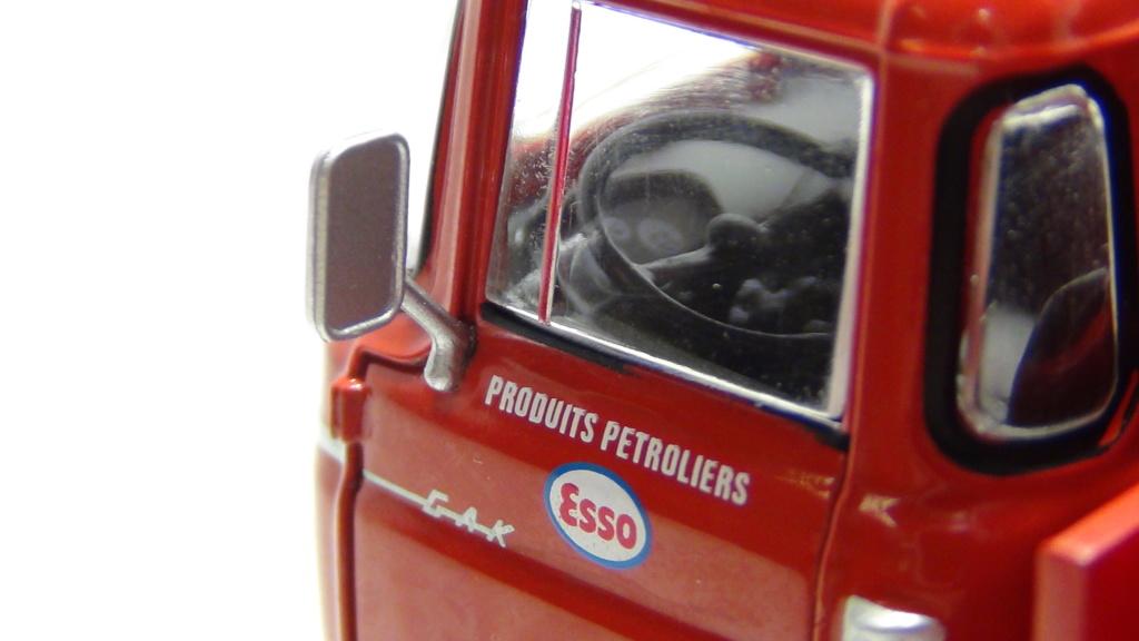 N°18 Berliet  GAK 5 Citerne essence  N18_be14