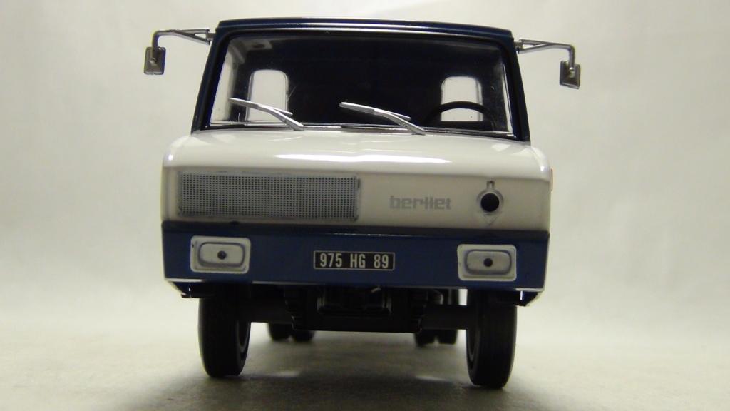 N°19 Berliet Stradair 20 laitier N19_be15