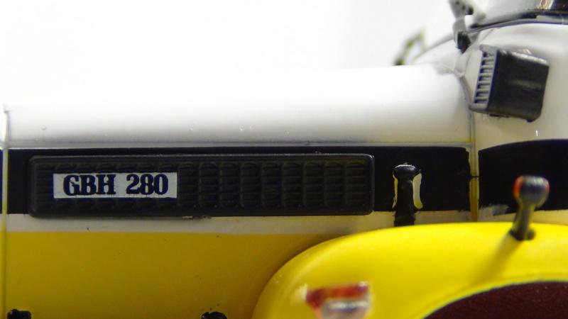 N°23- Berliet GBH 280 6 X 4  Dépanneuse Berliet  1975 / 1986  N23_be14