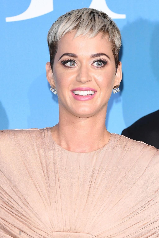 """Katy Perry >> Single """"Never Really Over"""" Katia_11"""
