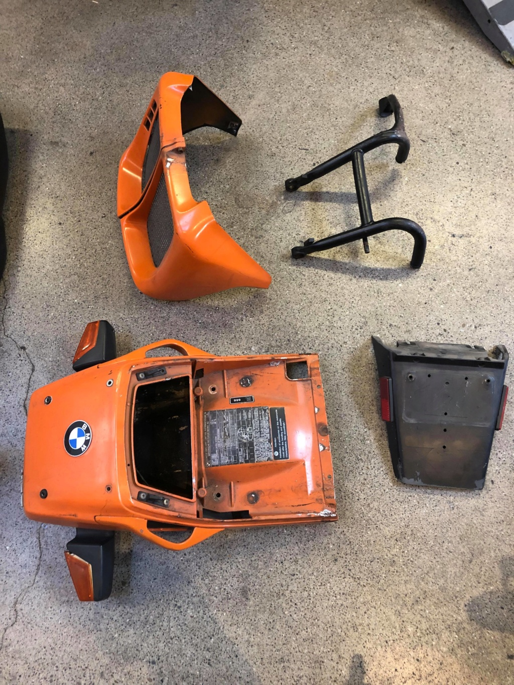 Selling 1990 BMW K75 Parts 69204310