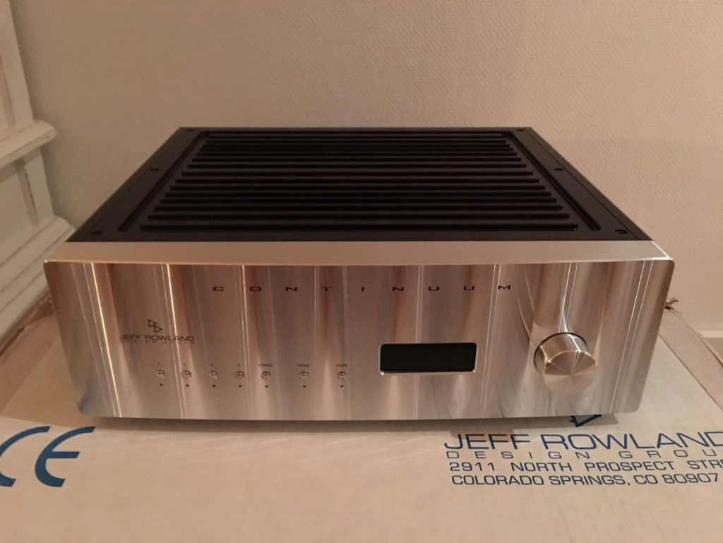Jeff Rowland Continuum 500 Integrated Amplifier (used) Jrdg_c10