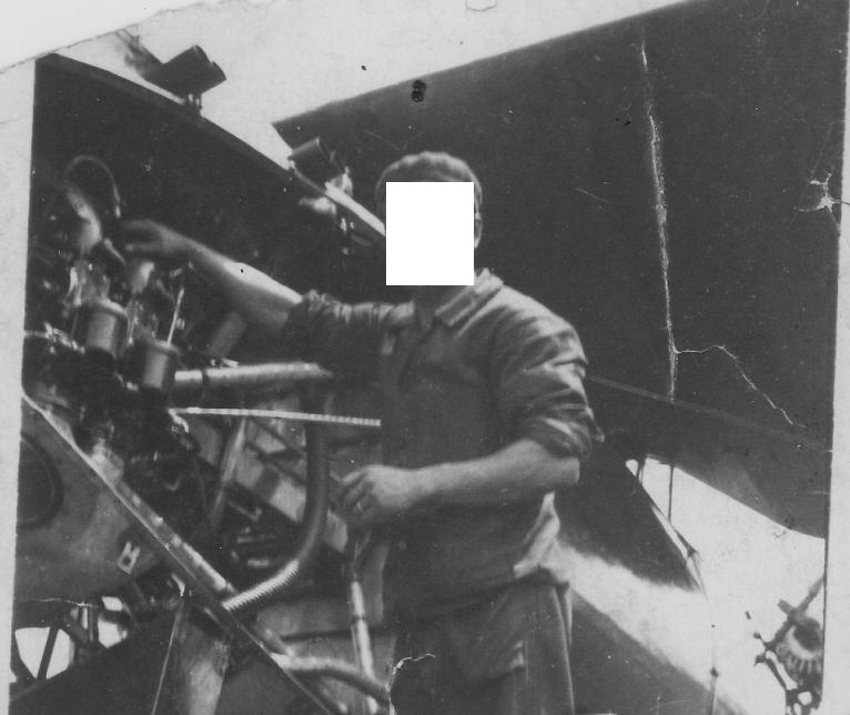 identification avion et moteur sur photo d'un mécano 1931 1934 Mzocan10