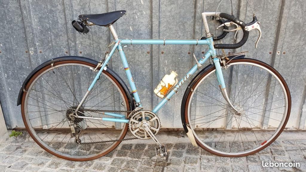 """STELLA 1976, modèle """"cyclotouriste"""" 0212"""