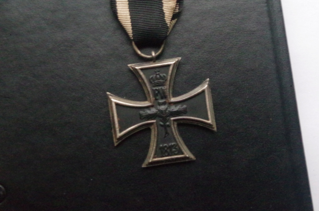 Croix de fer 2ème classe 1870 Imgp3913