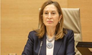 P007 - A la Ministra de Sanidad, Servicios Sociales e Igualdad, sobre la postura sanitaria del Gobierno en cuanto a la sanidad en la España rural. E99fec10