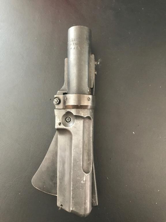 indentification Pistolet Lance fusée Francais RCEP 913A D864f410