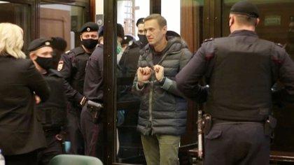 """[EFE] 19 Febrero 2016: """"Detenido el principal opositor Ruso"""" 344vtl10"""