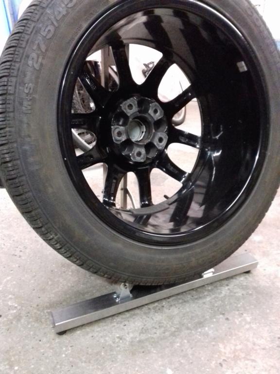 Support maison en inox pour nettoyer les roues de nos bolides !!! 20210424