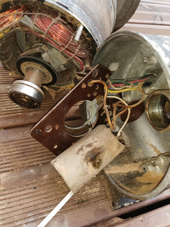 Remplacement condensateur moteur electrique Img_2028