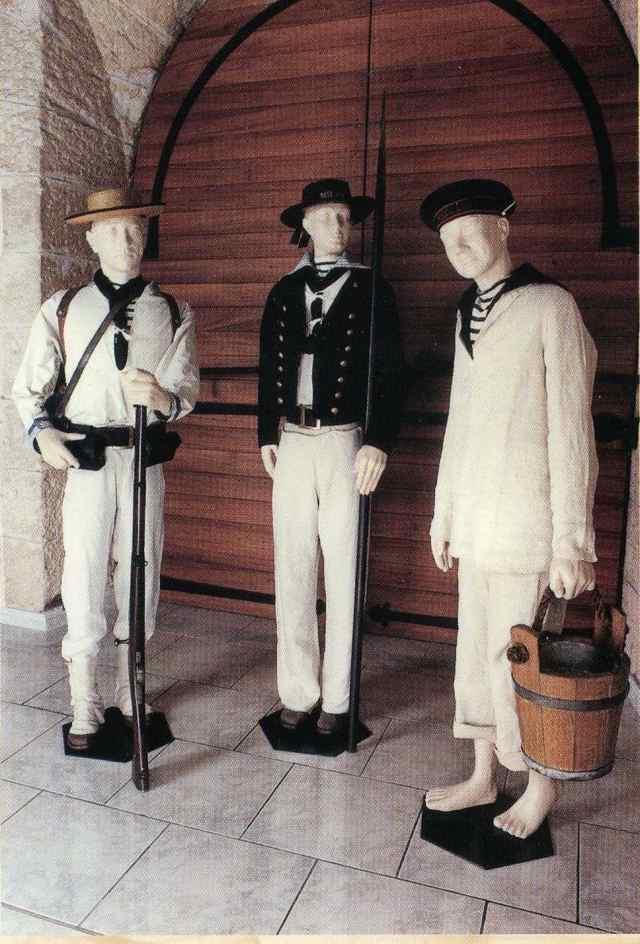 [Les traditions dans la Marine] Tenue dans la Marine- Tome 01 M1710