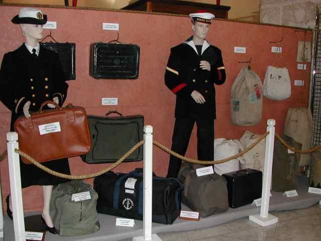[Les traditions dans la Marine] Tenue dans la Marine- Tome 01 M1810
