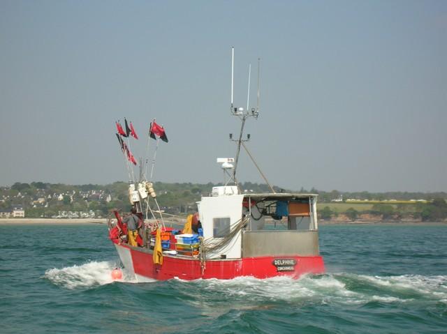 [VIE DES PORTS] Quelques bateaux de pêche (sur nos côtes Françaises) - Page 2 20_04_12