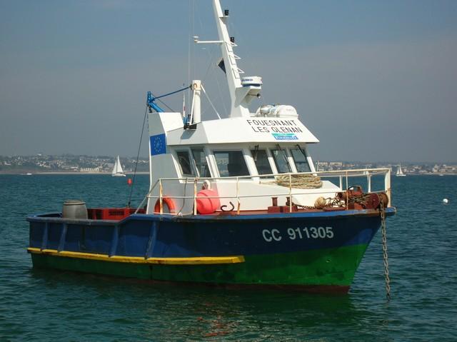 [VIE DES PORTS] Quelques bateaux de pêche (sur nos côtes Françaises) - Page 2 22_04_12