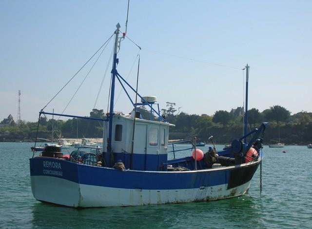 [VIE DES PORTS] Quelques bateaux de pêche (sur nos côtes Françaises) - Page 2 22_04_23