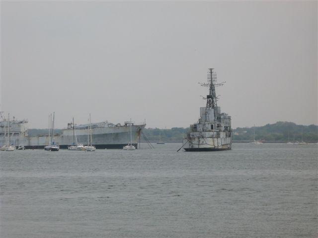 Ces navires désarmés 026bri10